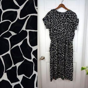 d807647e1a3 Vintage 80s Abstract Giraffe Print Dress